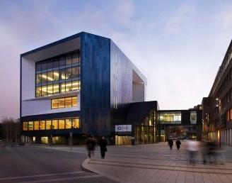 Buckinghamshire New Üniversitesi