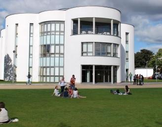 Dundee Üniversitesi
