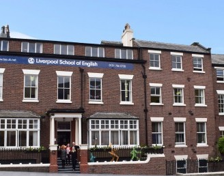 Liverpool School of English Dil Okulları