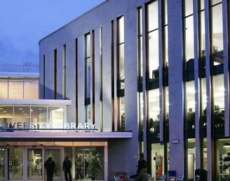 Portsmouth Üniversitesi