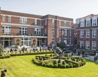 Londra Regent's Üniversitesi