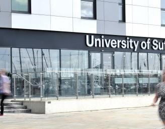 Suffolk Üniversitesi