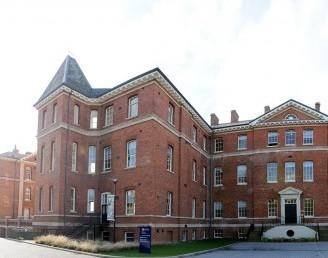 Worcester Üniversitesi