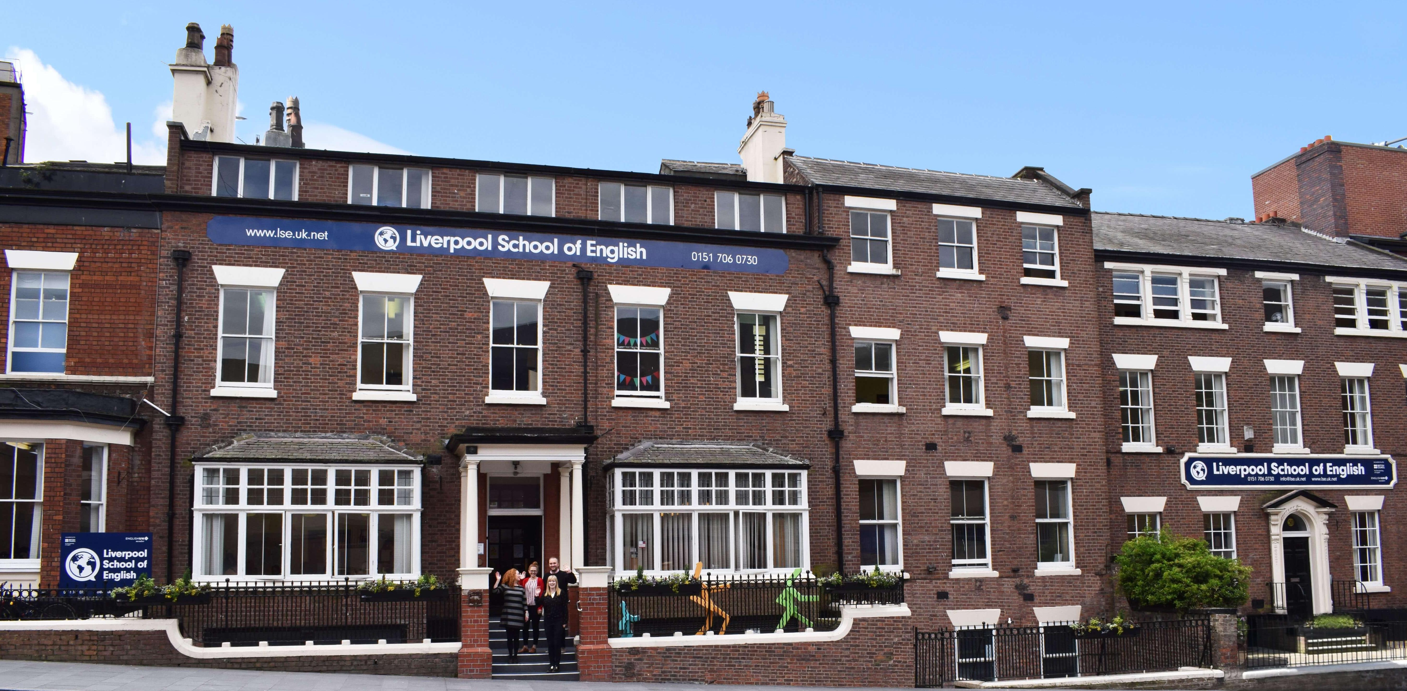 Liverpool School of English Dil Okulları